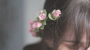 Preview wallpaper hair, flowers, jewelry