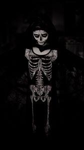 Preview wallpaper halloween, costume, skeleton, bw