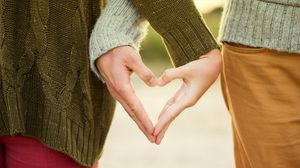 Preview wallpaper hands, love, couple, heart, romance