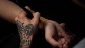 Preview wallpaper hands, tattoo, tattoo artist, process, drawing, tattooer, tattooist