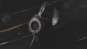 Preview wallpaper headphones, audio, dark, stylish