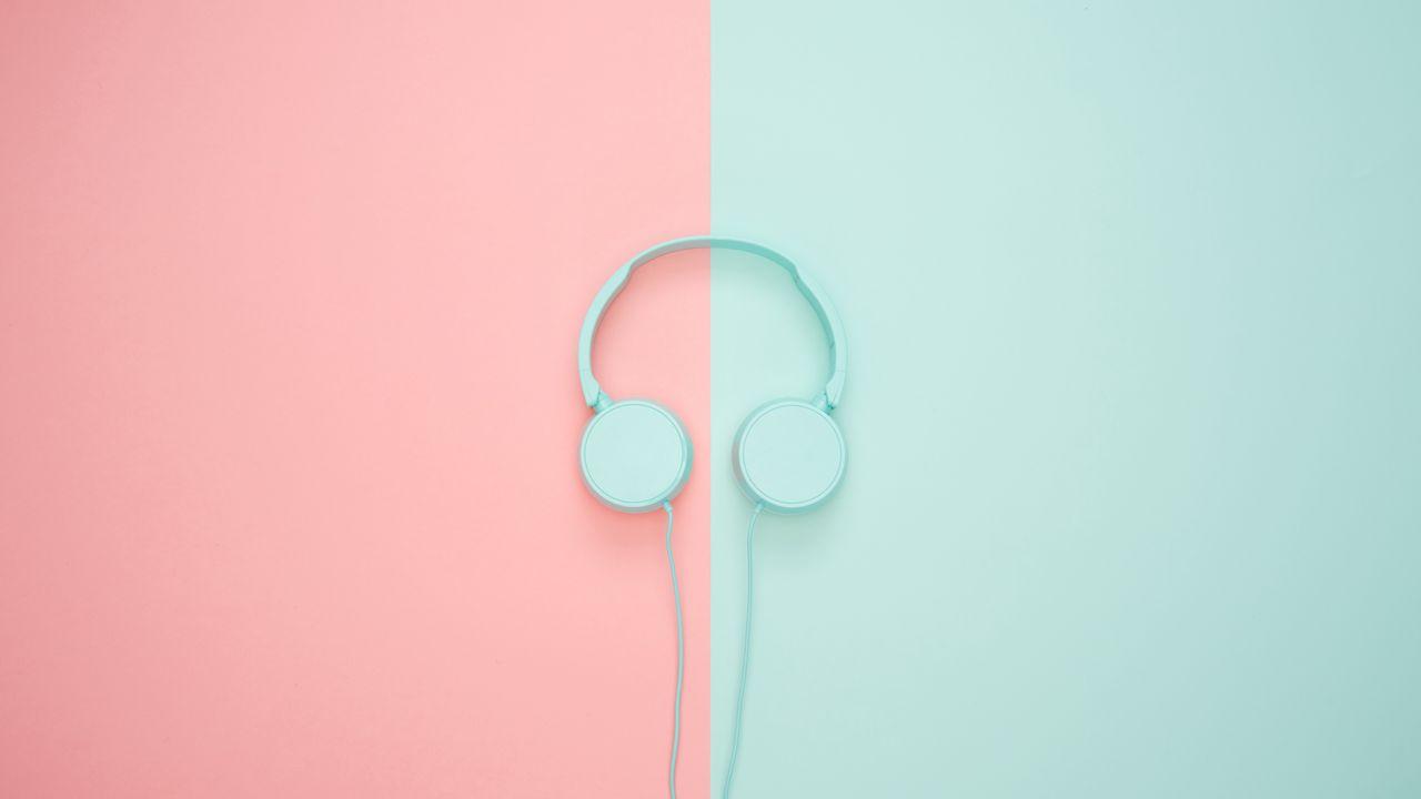 1280x720 Wallpaper headphones, minimalism, pastel, pink