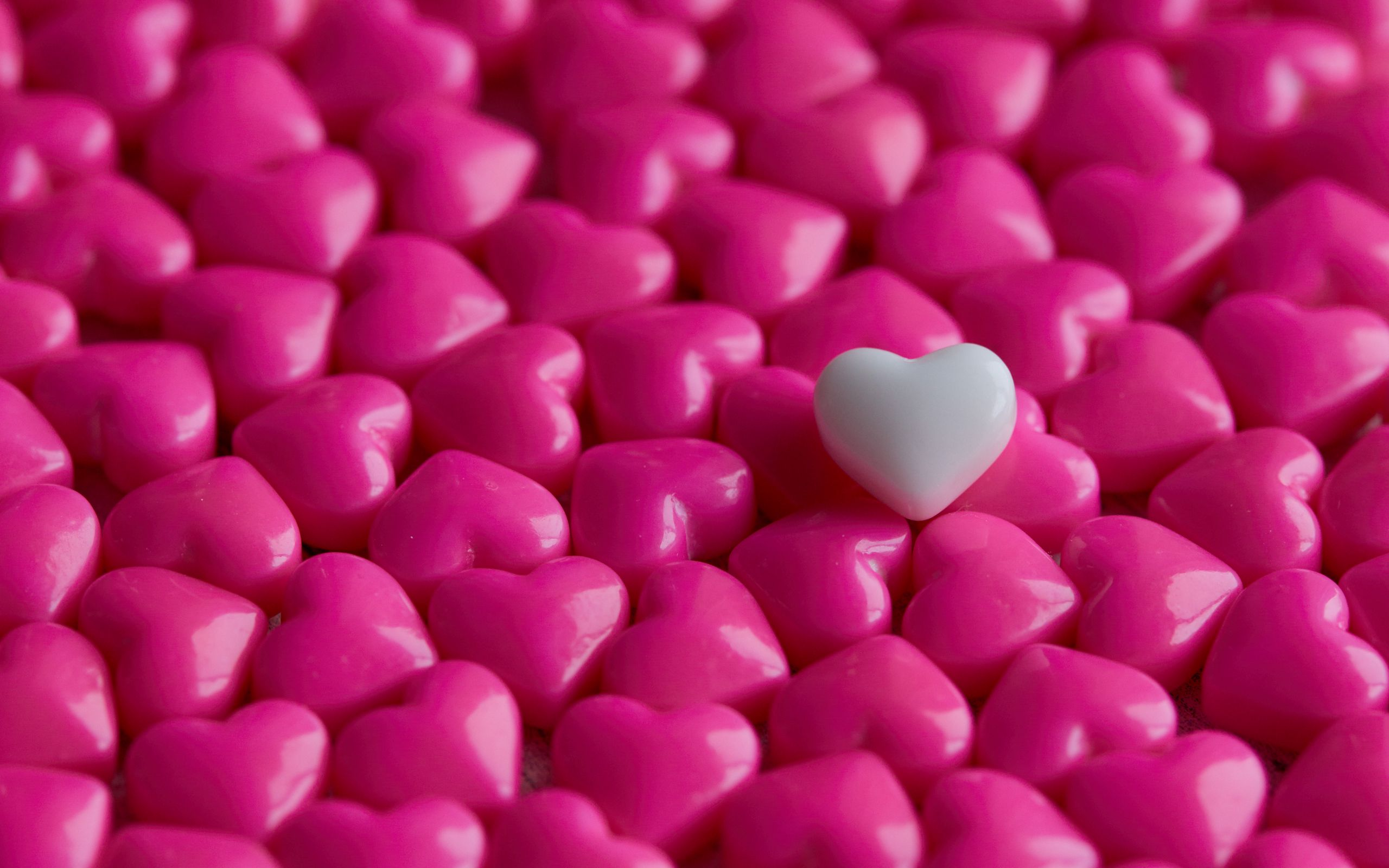 2560x1600 Wallpaper hearts, candy, macro, love