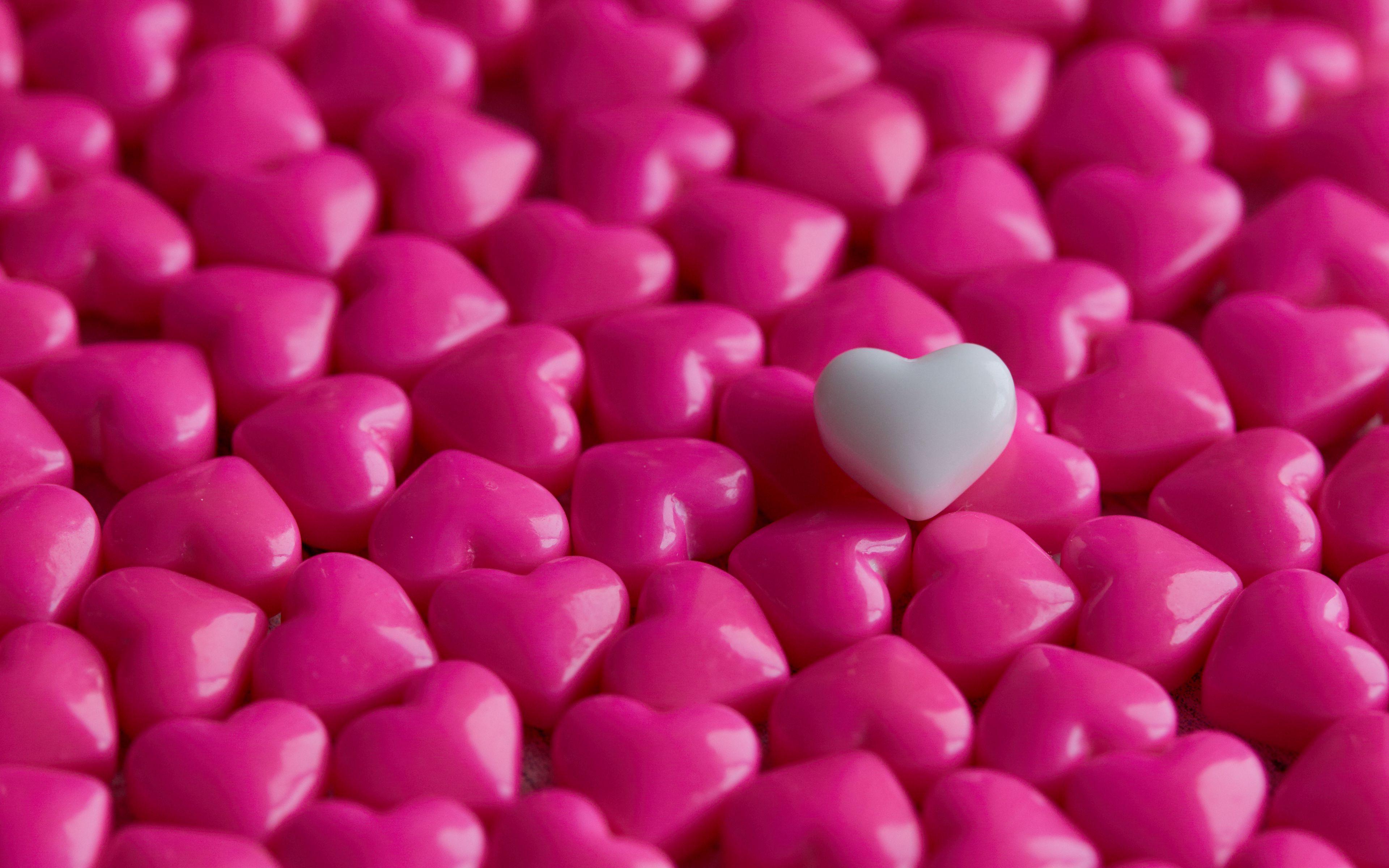 3840x2400 Wallpaper hearts, candy, macro, love