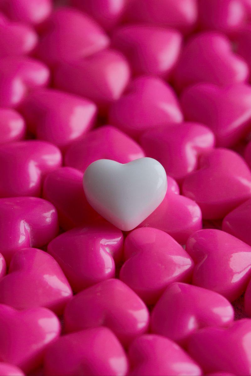 800x1200 Wallpaper hearts, candy, macro, love