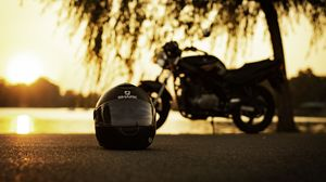 Preview wallpaper helmet, motorcycle, asphalt, black