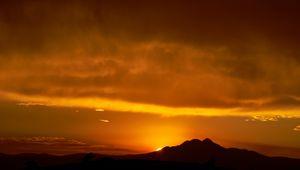 Preview wallpaper hill, sunset, silhouette, dark