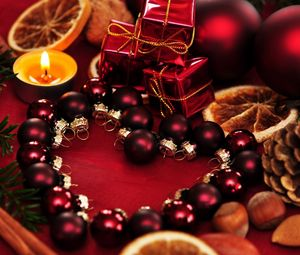 Preview wallpaper holiday, christmas, candles, gifts, balloons