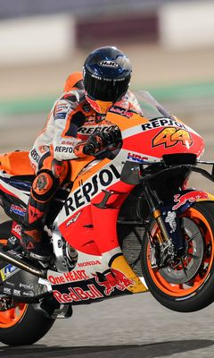 240x400 Wallpaper honda, motorcycle, motorcyclist, helmet, speed, track, orange