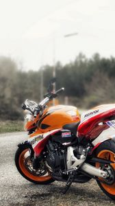 Preview wallpaper hornet and cb100r, bikes, road