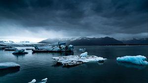 Preview wallpaper iceberg, ice, snow, lake, fog, mountains, iceland