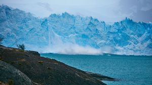 Preview wallpaper iceberg, rocks, sea, shore