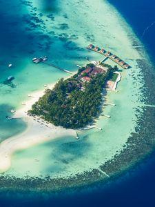 Preview wallpaper island, ocean, bungalow, palm trees, top view, tropics, paradise