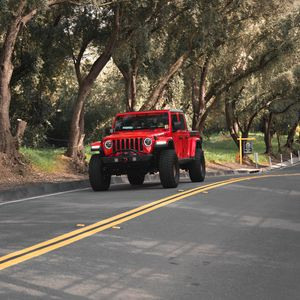 Preview wallpaper jeep wrangler, jeep, suv, car, headlights, red