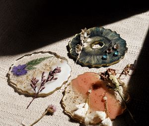 Preview wallpaper jewelry, ceramics, flowers, decor, creativity