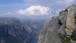 Preview wallpaper jump, parachutist, extreme, falling, breakage