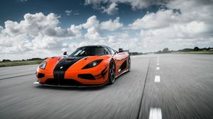 Preview wallpaper koenigsegg, agera, front view