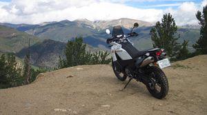 Preview wallpaper ktm, motorcycle, bike, moto, white, cliff