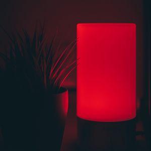 Preview wallpaper lamp, red, dark, glow