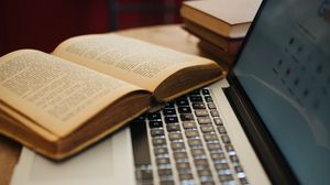 Preview wallpaper laptop, book, aesthetics