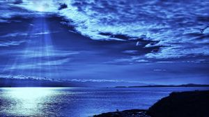 Preview wallpaper light, sky, beams, clouds, from above, dark blue, evening, sea, people