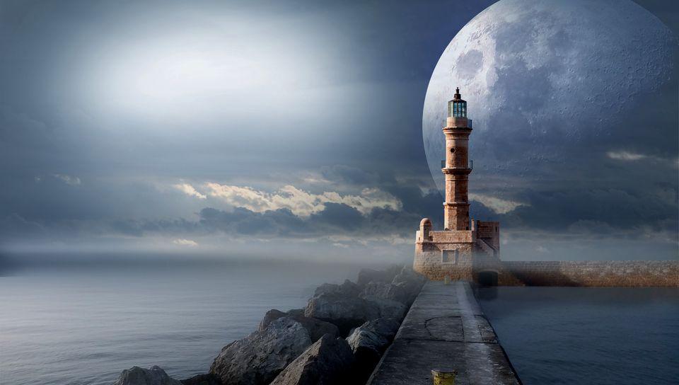 960x544 Wallpaper lighthouse, moon, pier, sea