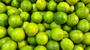 Preview wallpaper lime, fruit, citrus