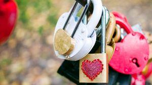 Preview wallpaper locks, diversity, colorful, love, heart