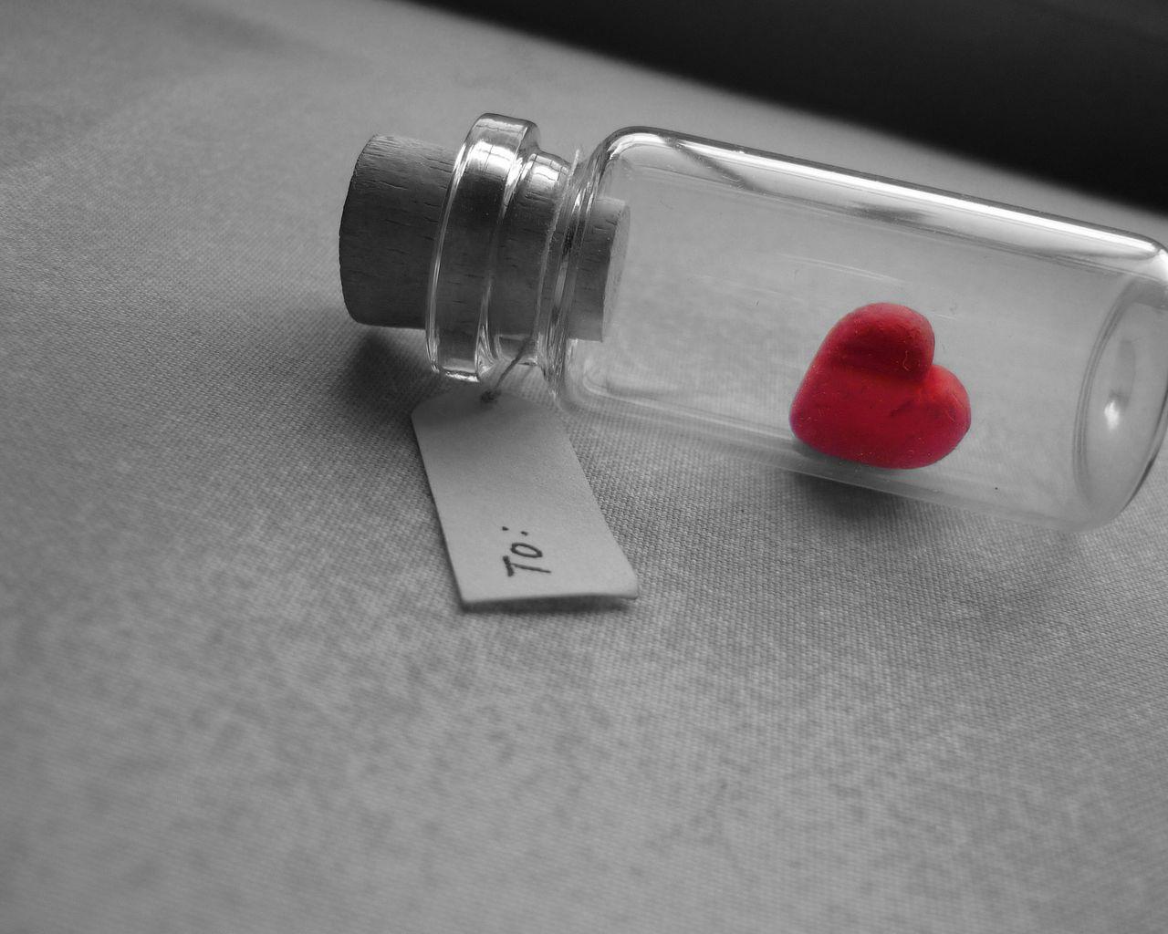 1280x1024 Wallpaper love, heart, bank, tag, glass, silver