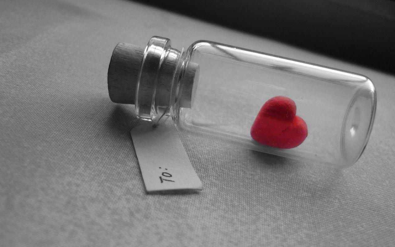 1280x800 Wallpaper love, heart, bank, tag, glass, silver