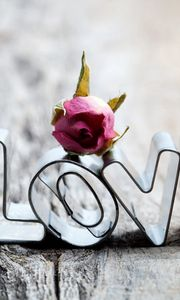 Preview wallpaper love, metal, heart