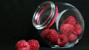 Preview wallpaper macro, berry, raspberry, bank