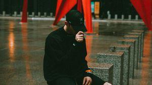Preview wallpaper man, cap, style, black