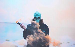 Preview wallpaper man, gas mask, mask, smoke