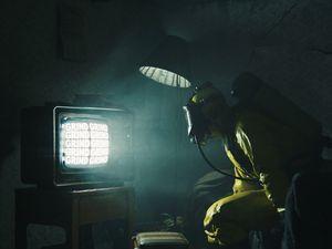 Preview wallpaper man, gas mask, mask, tv, dark