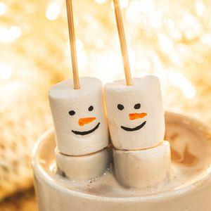 Preview wallpaper marshmallows, snowmen, cocoa, mug, dessert