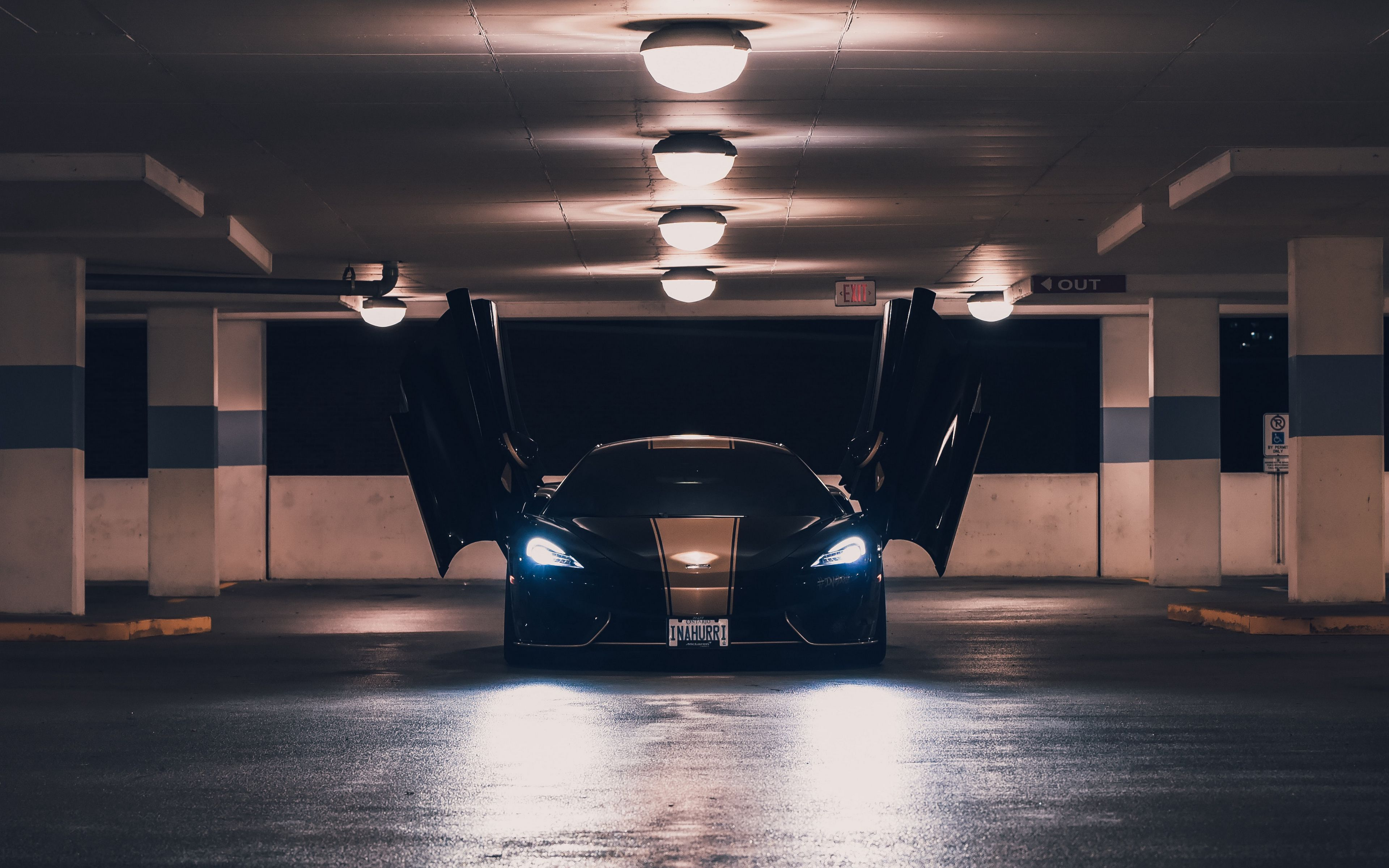 3840x2400 Wallpaper mclaren, sports car, parking, doors, lights
