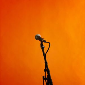 Preview wallpaper microphone, music, orange background