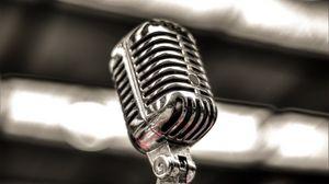 Preview wallpaper microphone, silver, blur