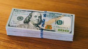 Preview wallpaper money, dollars, currency, bills, portrait