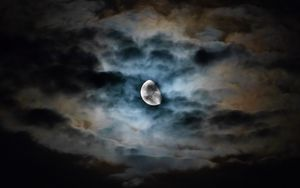 Preview wallpaper moon, clouds, night, sky, dark, overcast