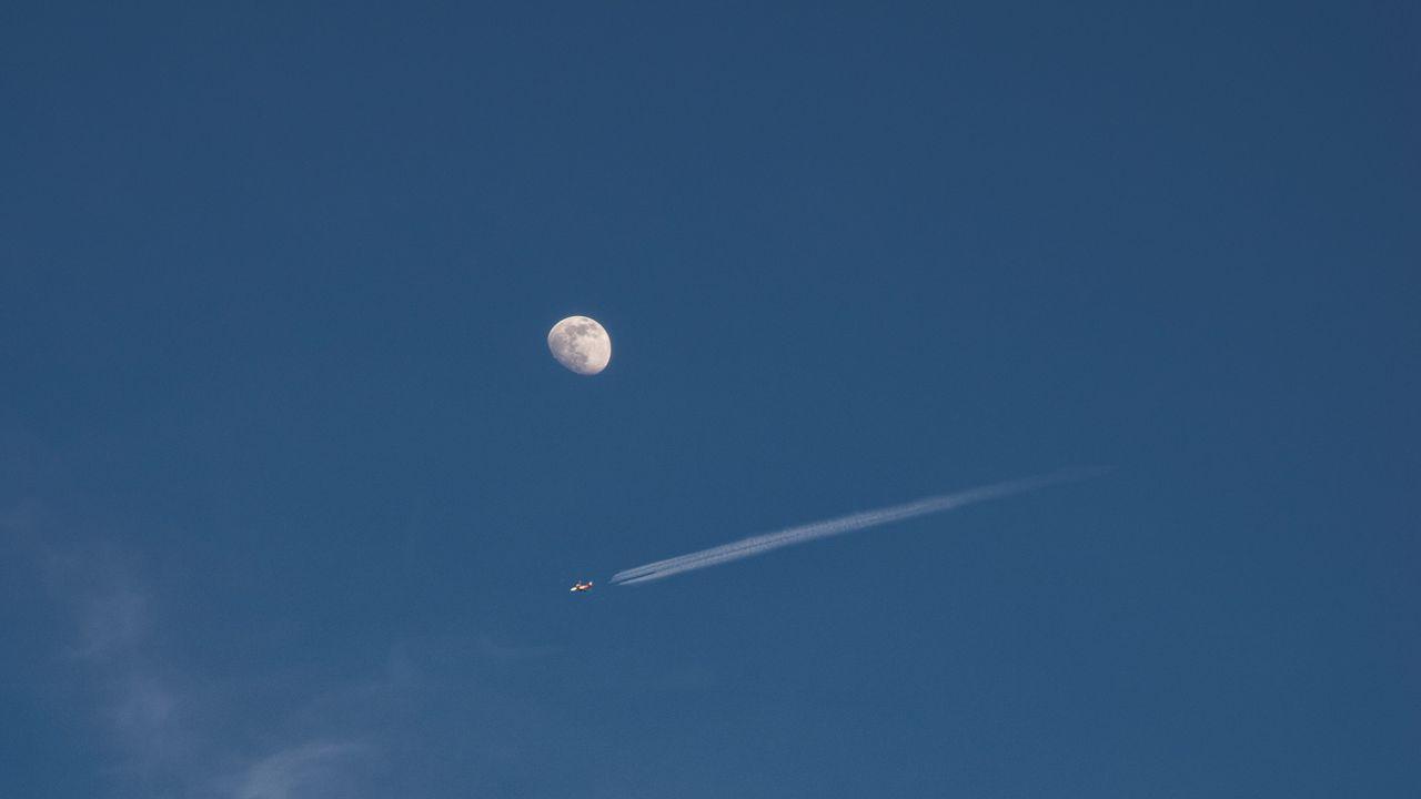 【壁纸桌面】月亮,满月,飞机,天空,云高清壁纸免费下载