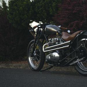 Preview wallpaper motorcycle, bike, brown, chrome, road