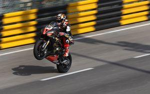 Preview wallpaper motorcycle, bike, motorcyclist, stunt, racing