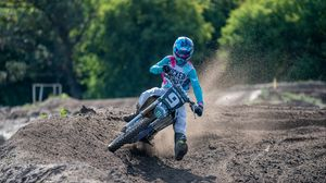 Preview wallpaper motorcycle, bike, motorcyclist, rally, dirt