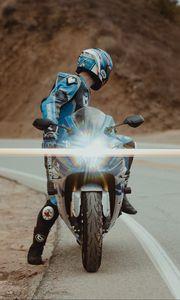 Preview wallpaper motorcycle, motorcyclist, bike, sport bike, light