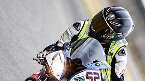 Preview wallpaper motorcycle, motorcyclist, helmet, track, moto