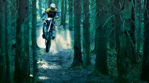Preview wallpaper motorcycle, racer, wood, jump, extreme