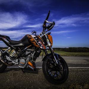 Preview wallpaper motorcycle, road, side view, asphalt