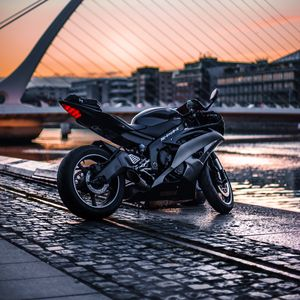 Preview wallpaper motorcycle, side view, bike, city, blur